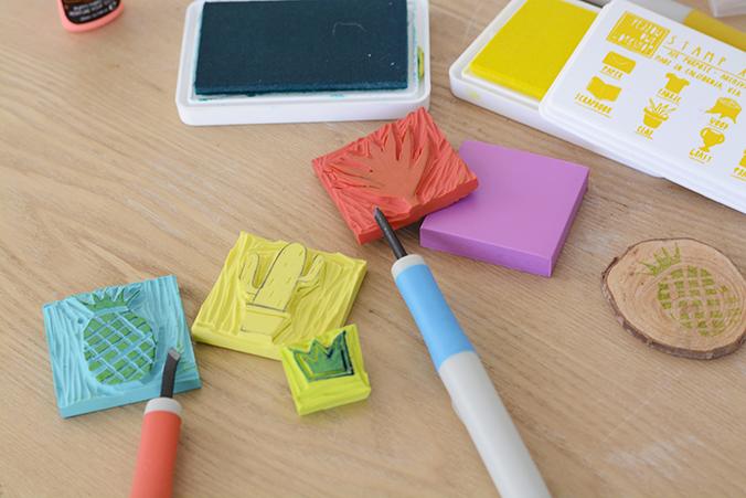 gravure de tampon et encre textile