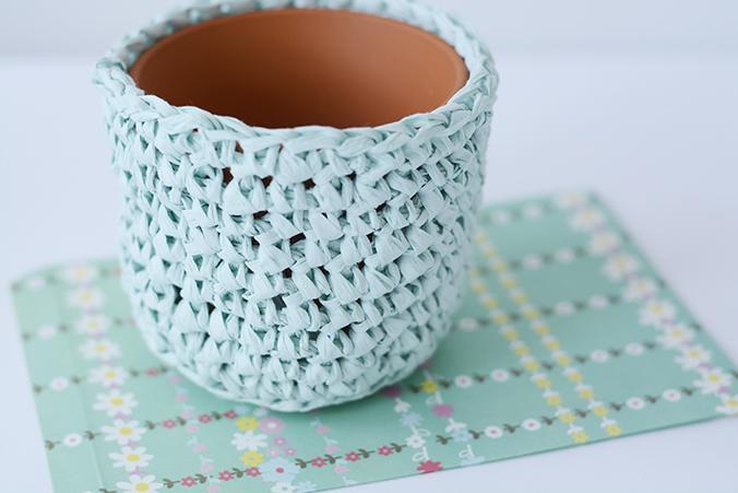 cache pot crochet fil papier
