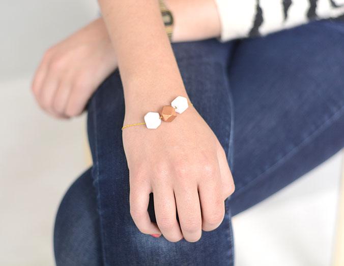 Bracelet-perles-en-bois