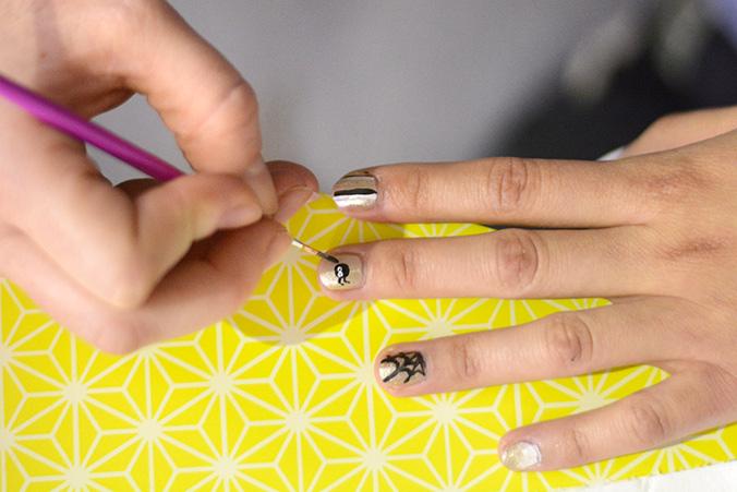 araignée nail art DIY