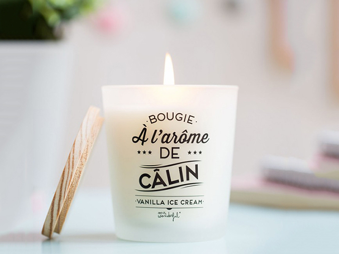 bougie-parfum-vanilla-ice-cream-bougie-a-l-arome-de-calin