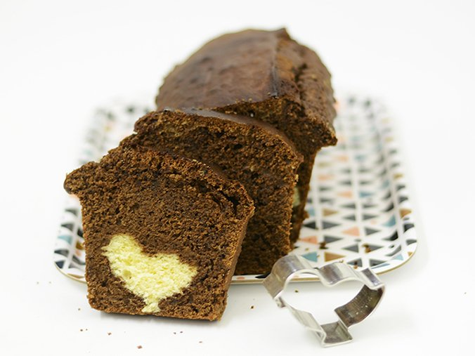 gâteau caché - surprise poussin