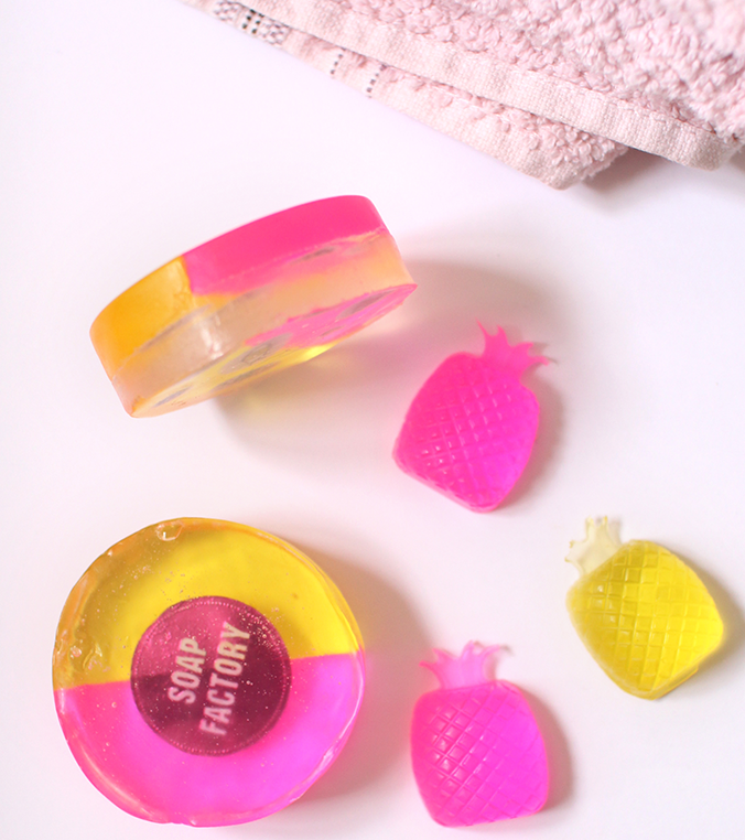 savons-fun-multicolores-ananas-pink