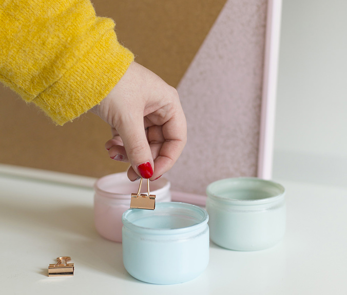 pots-peinture-customises-vert-rose-pastel